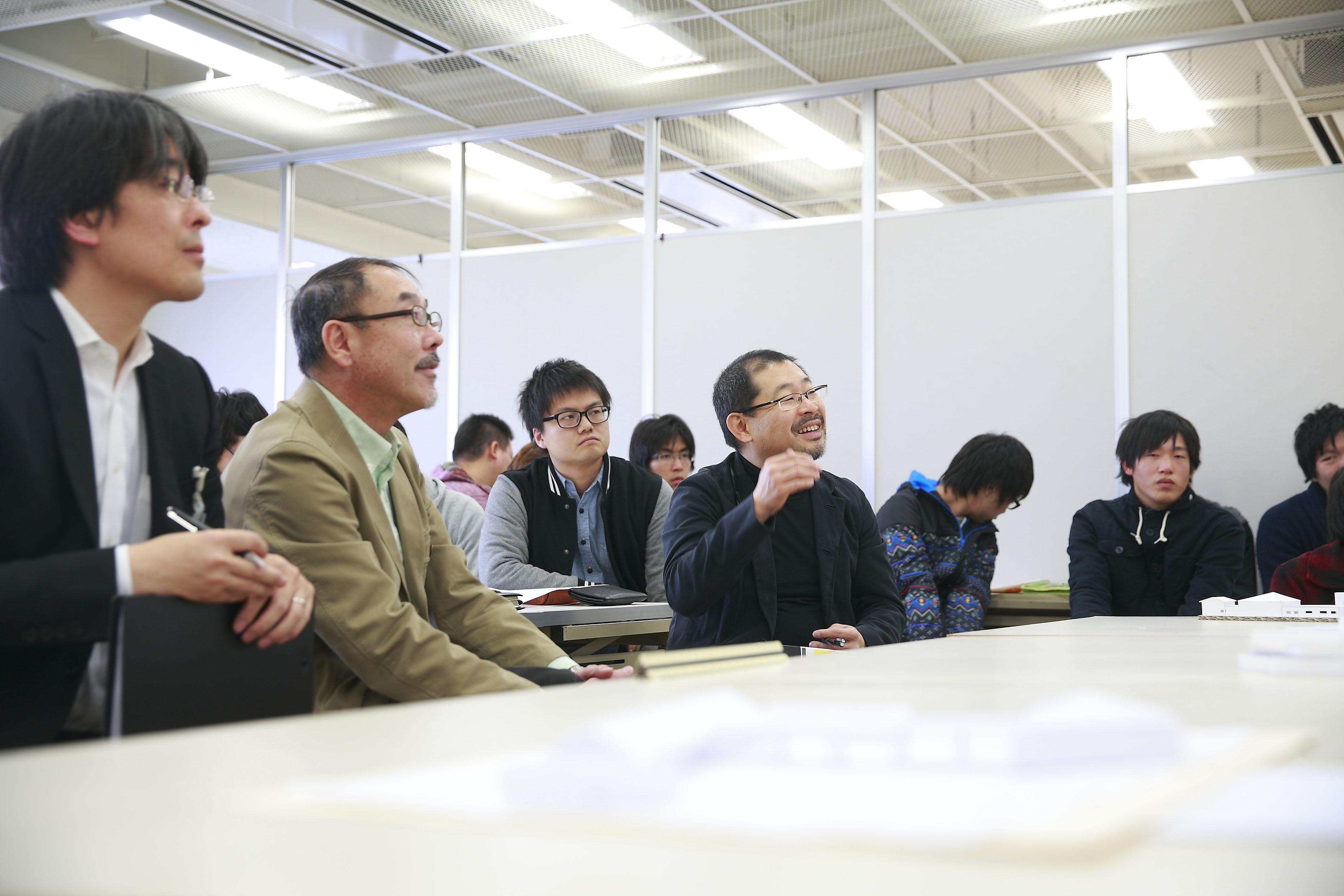 経験豊富な講師陣による充実した専門教育のイメージ